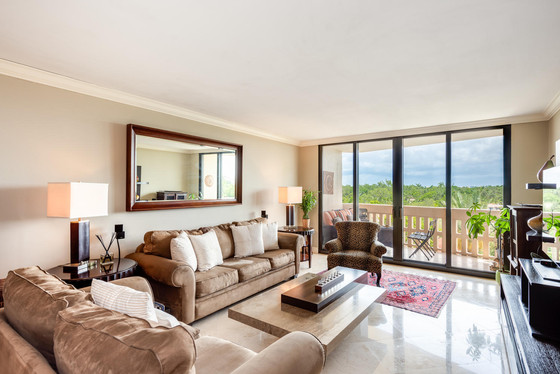 90 EDGEWATER DR # 604 | CORAL GABLES, FL 33133