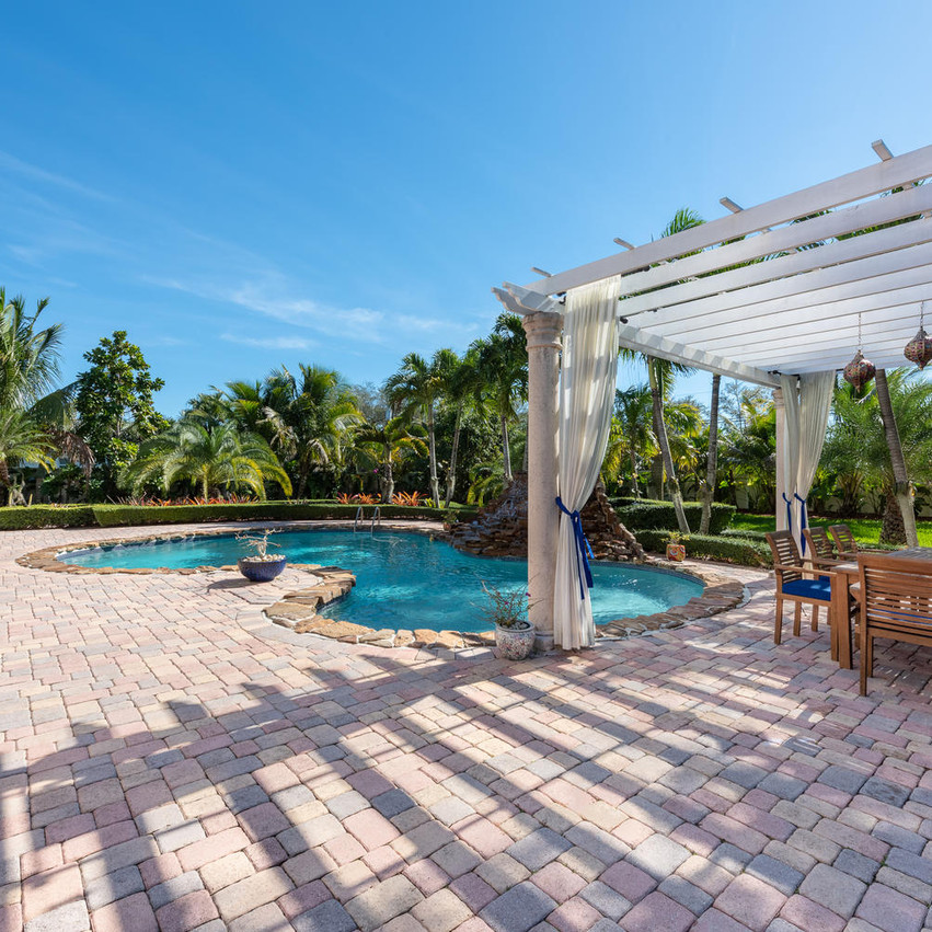 9768 SW 108th Terrace Miami FL-large-011