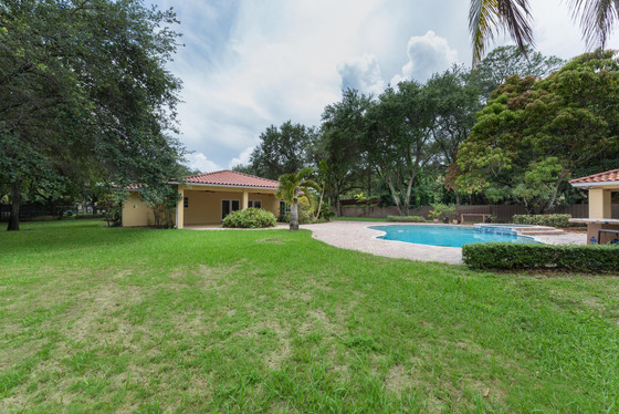 8765 SW 96TH ST | MIAMI, FL 33176