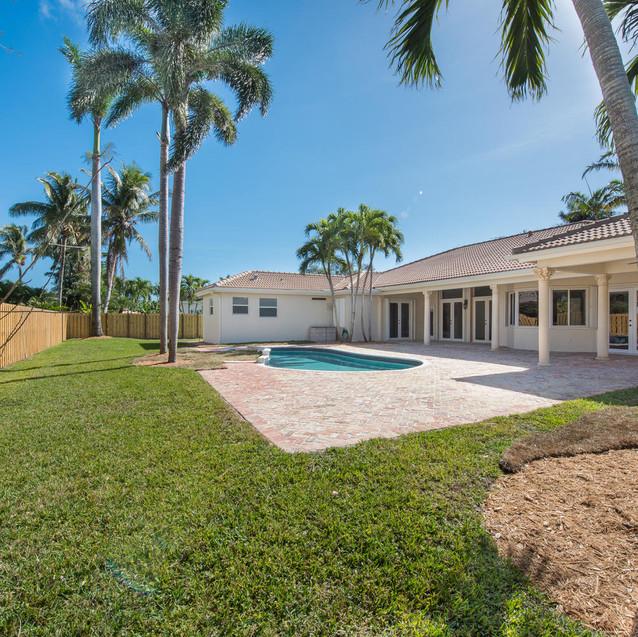 9533 SW 125th Terrace Miami FL-large-005-18-20180122 01 DSC 6458-1499x1000-72dpi