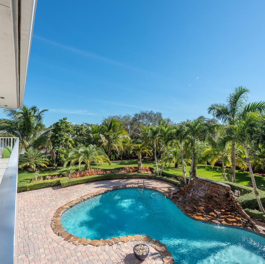 9768 SW 108th Terrace Miami FL-large-037