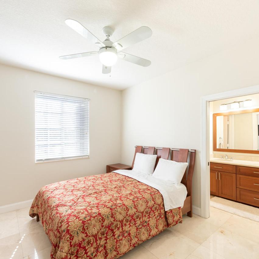 9591 SW 124th Terrace Miami FL-large-025