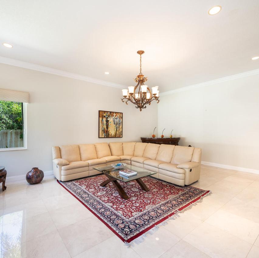 9591 SW 124th Terrace Miami FL-large-013