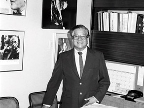 El Maestro Efraín E. Pérez Chanis en el centenario de su Nacimiento