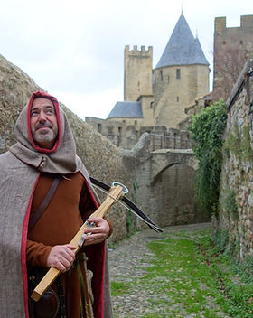 visite-costumee-carcassonne-croisades.jp