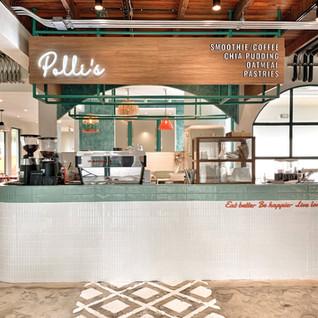 POLLI'S CAFE