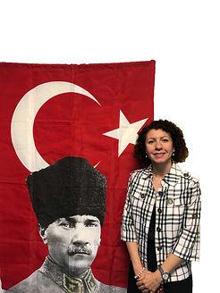 Ataturk Hukuk Ogrencileri ile birlikte.j