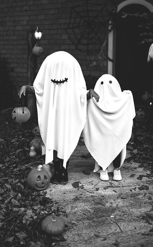 Halloween Costume _edited_edited_edited.jpg