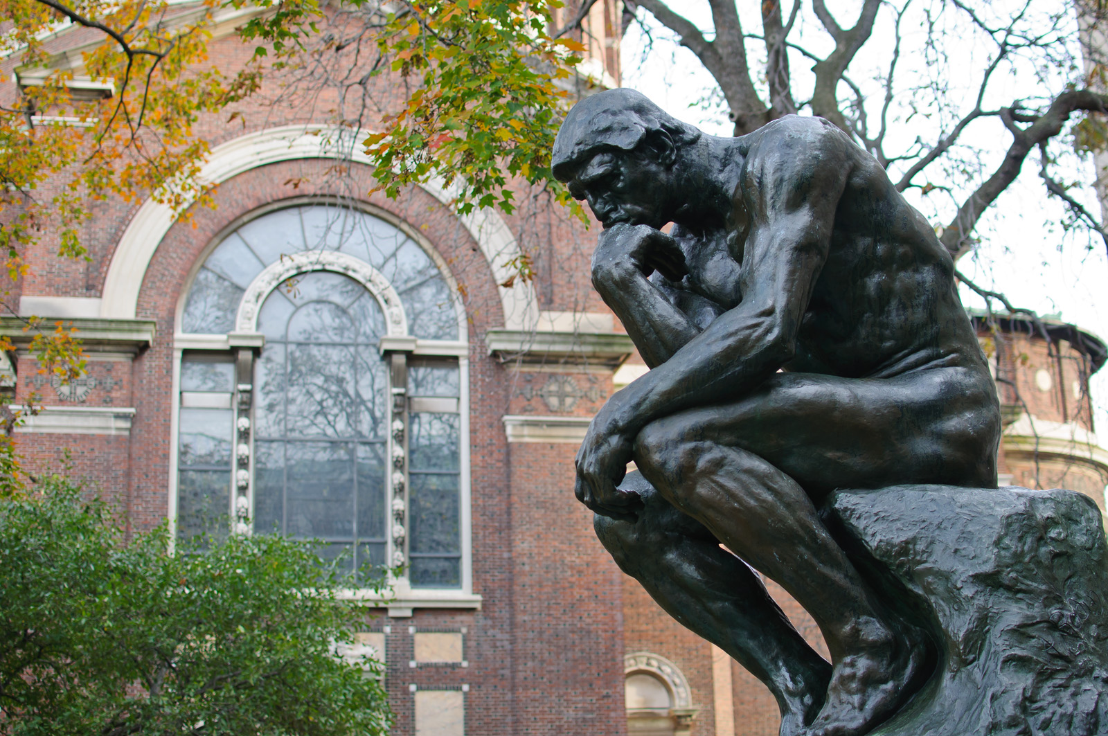 Le_Penseur_at_Columbia_University_(64352