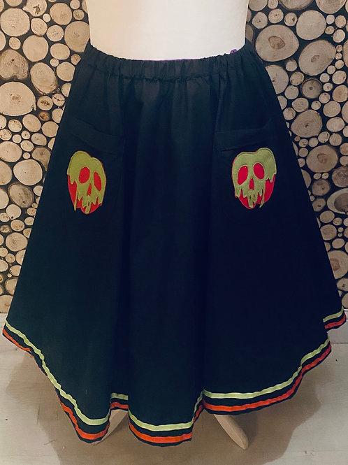 Toxic apple pretty pocket skirt