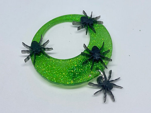 Spider queen brooch