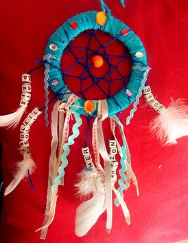attrape-rêves, dreamcatcher, boutique, marie yelahiah, toile, peinture, acrylique, bijoux, collier, pendentif, porte-clefs, audio de méditation, dessin, ebooks, spiritualité, médiumnité