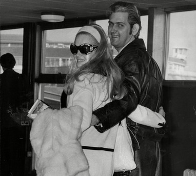 Lynn and Glenn arriving at Heathrow in London