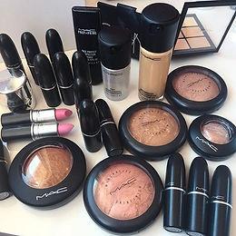 WIN $500 Worth Of MAC Cosmetics