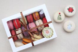 Vegan macarons by Physalis Christmass mix.