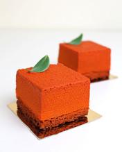 Vegan individual mousse cake