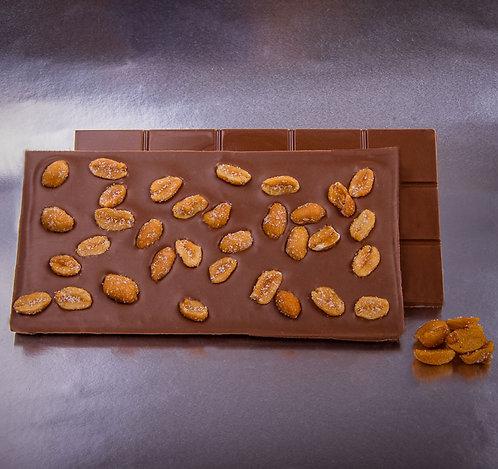 Tableta de chocolate con leche, cacahuete y miel