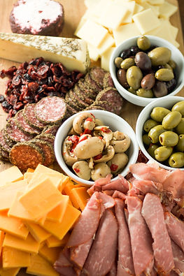 Simple-cheese-salami-platter-2.jpg