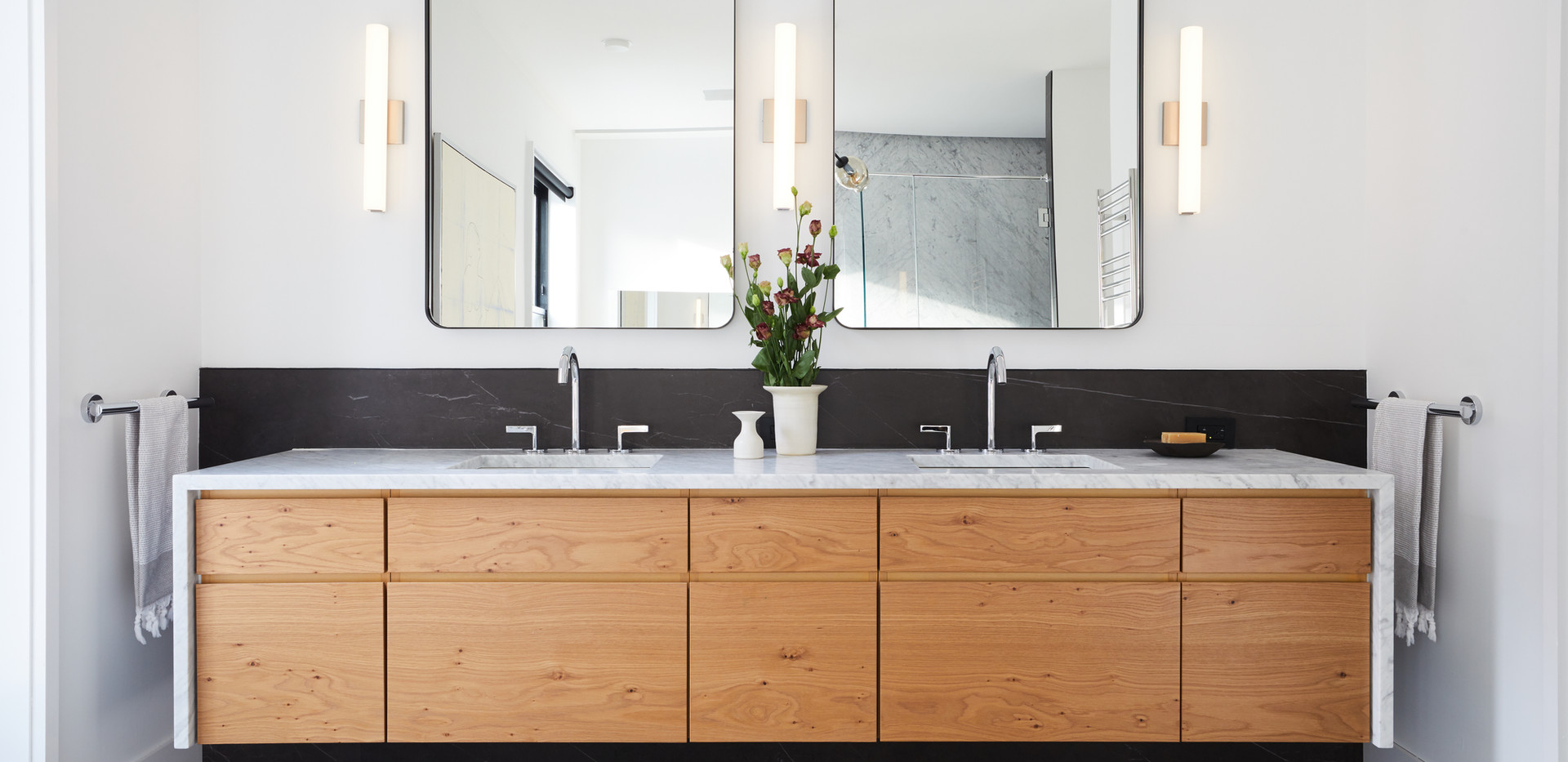 882_Carroll_Bathroom_Master_001.jpg