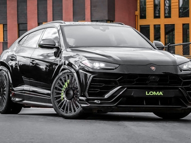 Lamborghini Urus 24 Wheels.