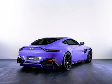 Aston Martin Vantage Custom Wheels.