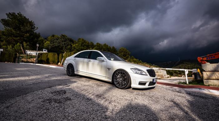 Mercedes S63 AMG.