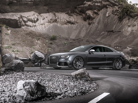 Audi RS5 Custom Wheels.