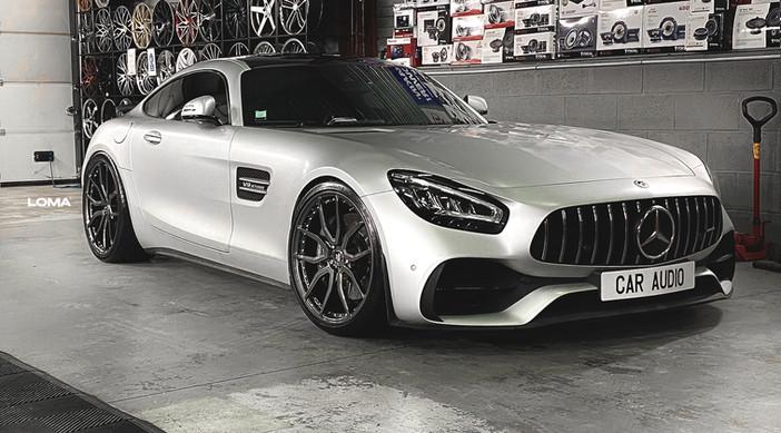 Mercedes AMG GTS.