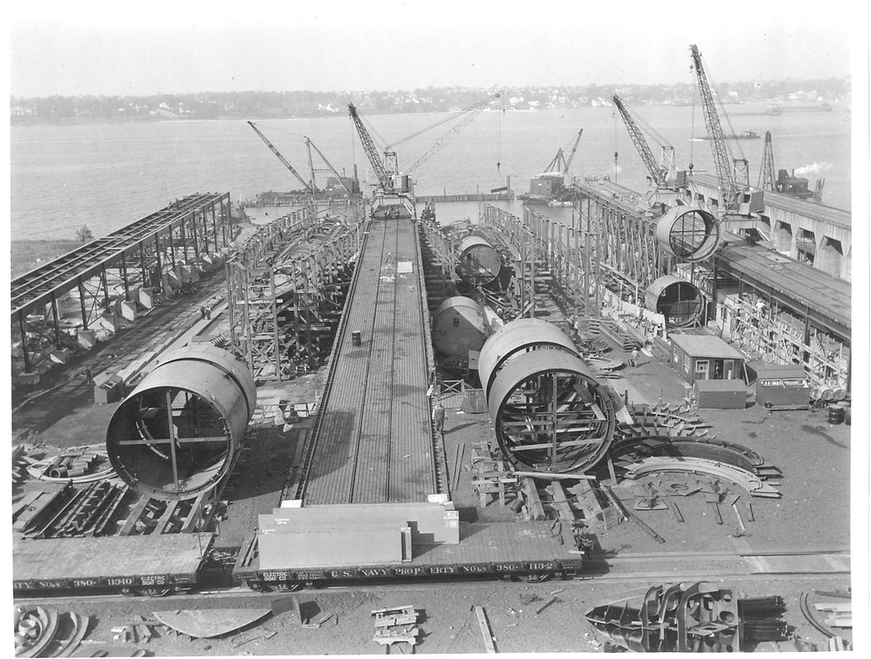 1920px-Victory_Yard.jpg