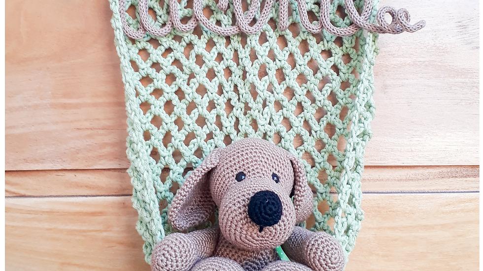Cachorro amigurumi na rede com tricotim