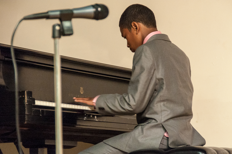 Rowe Academy recital 6-12-2015-6796.jpg