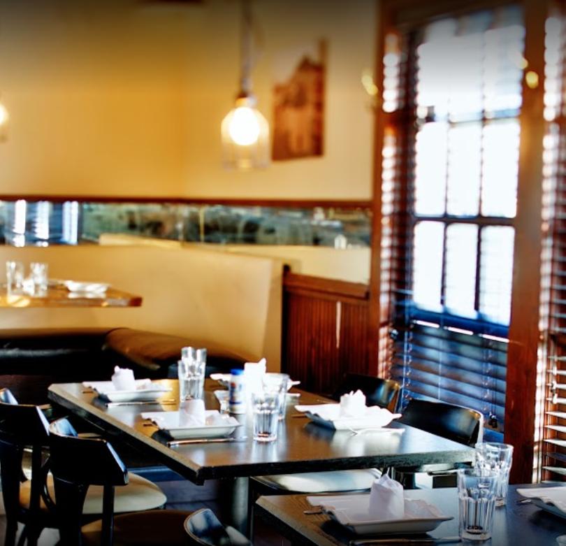 Antik Restaurant Photo 5.png