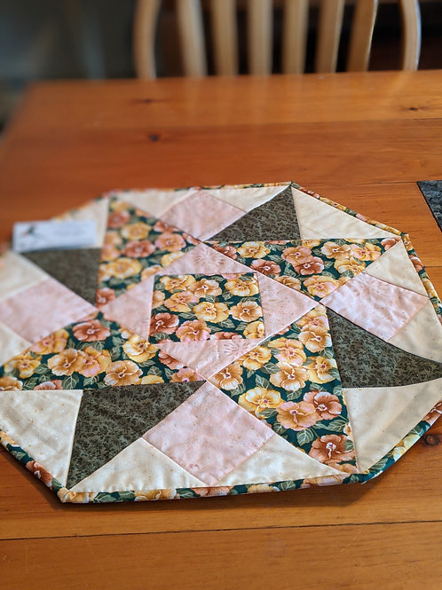 Pansy hexi tabletopper