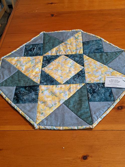 Hexagonal table topper