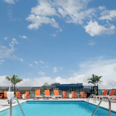 Aloft Pool Bar