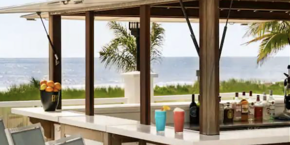 DoubleTree by Hilton Oceanfront Pool Bar (Open to public)