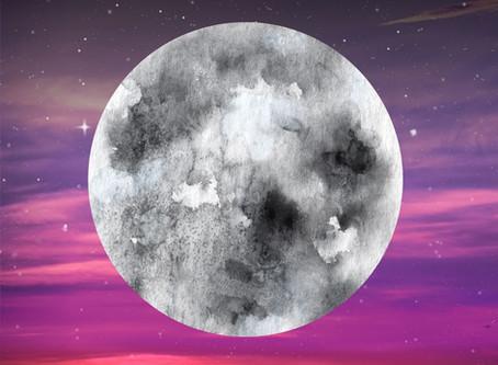 12 Moons Tarot