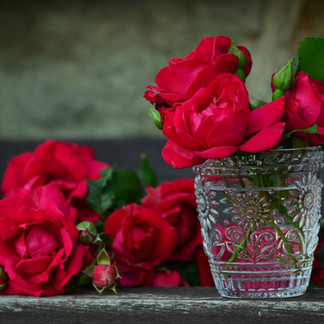 Edible Gardens: How to Make Rose Syrup