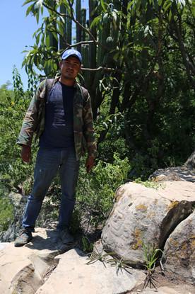 Huehuepiaxtla, more glyphs on the rocks