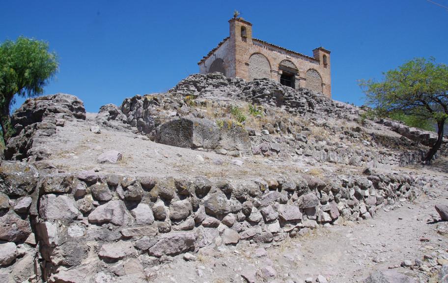 Mitla, Calvario