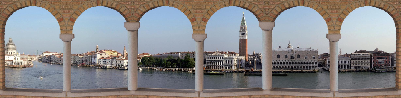 Plane Venedig Skyline 1300x318 cm