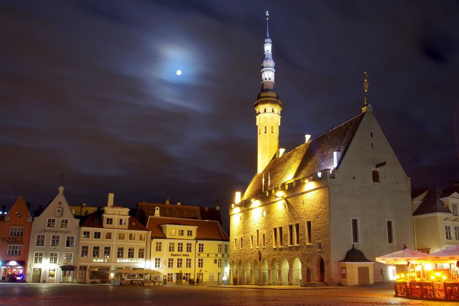 Das Rathaus in der estnischen Hauptstadt Tallinn