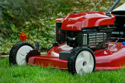 Red-Lawnmower-000007688284_Large