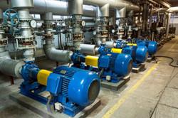 Blue-industrial-pump-000053483596_Large
