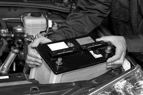 replacing-car-battery-bw-min.jpg