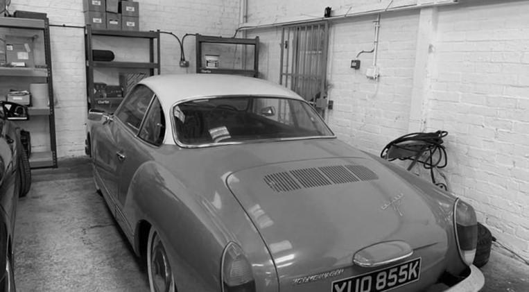 classic-car-one-min-min.jpg