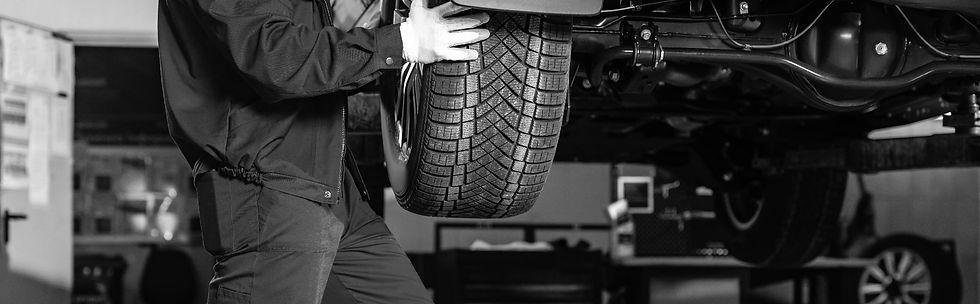 prices-car-tyre-bottom-bw-min.jpg