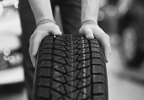 tyres-bw-min.jpg