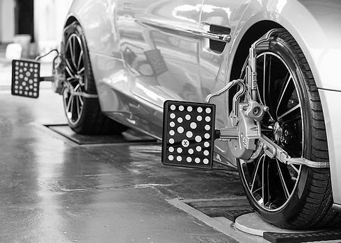 wheel-alignment-image-one-bw-min.jpg
