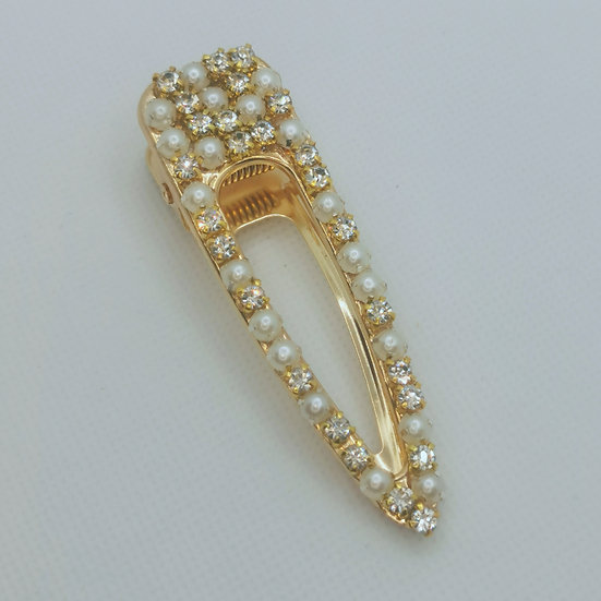 Pearl and jewel clip